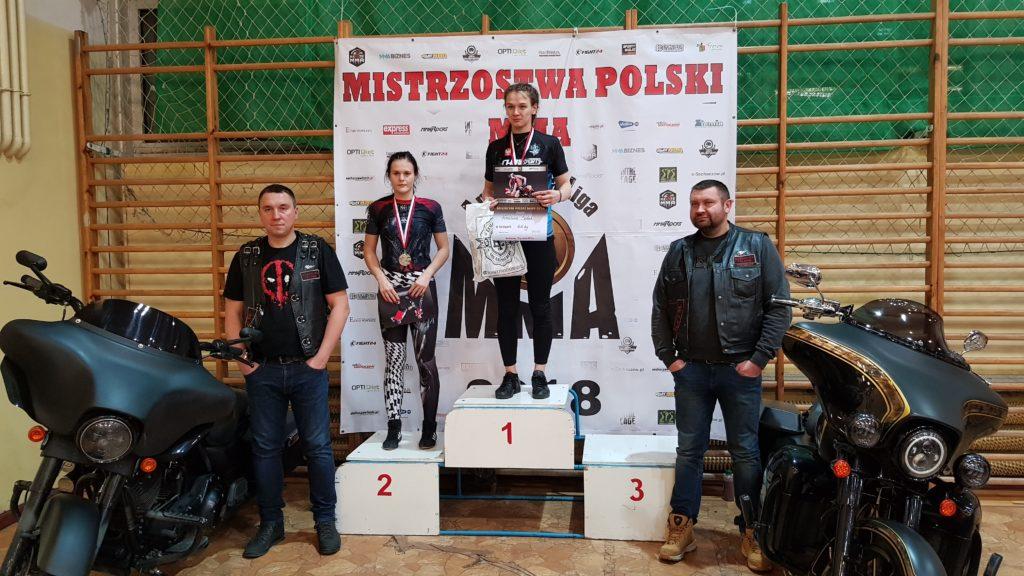 Mistrzostwa Poski MMA 2018 podium Sandra Kulpa